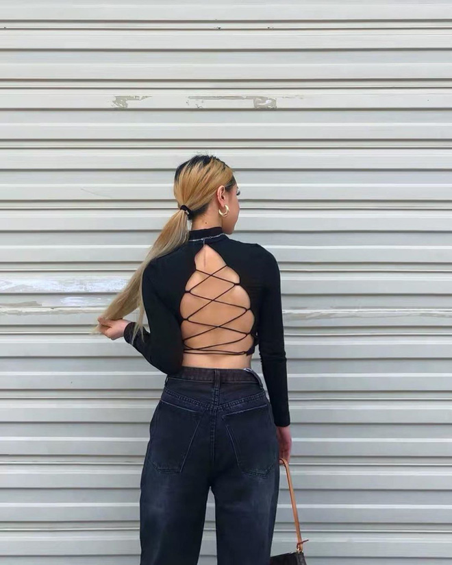 Kiểu áo váy khoét lưng gợi cảm na ná áo Jennie đang cực hot ở các shop mà giá lại chỉ vài ba trăm, chị em còn chờ gì mà không tậu - ảnh 6