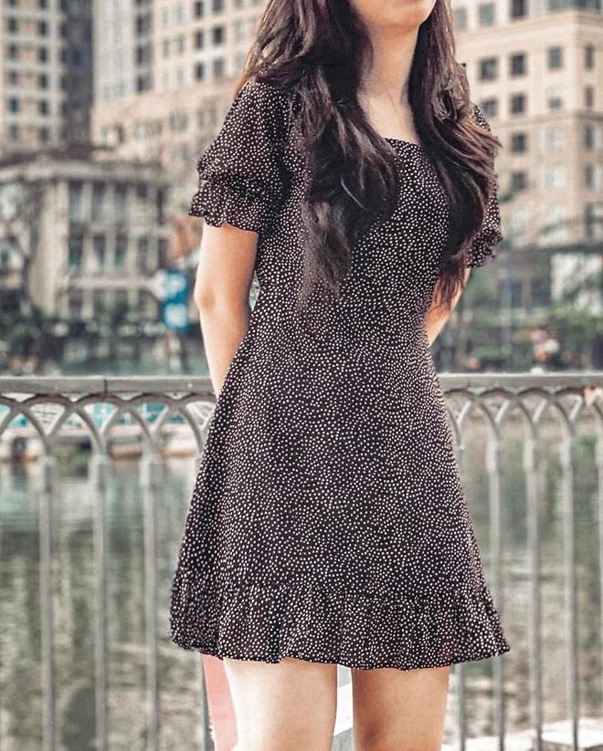 Kiểu áo váy khoét lưng gợi cảm na ná áo Jennie đang cực hot ở các shop mà giá lại chỉ vài ba trăm, chị em còn chờ gì mà không tậu - ảnh 18