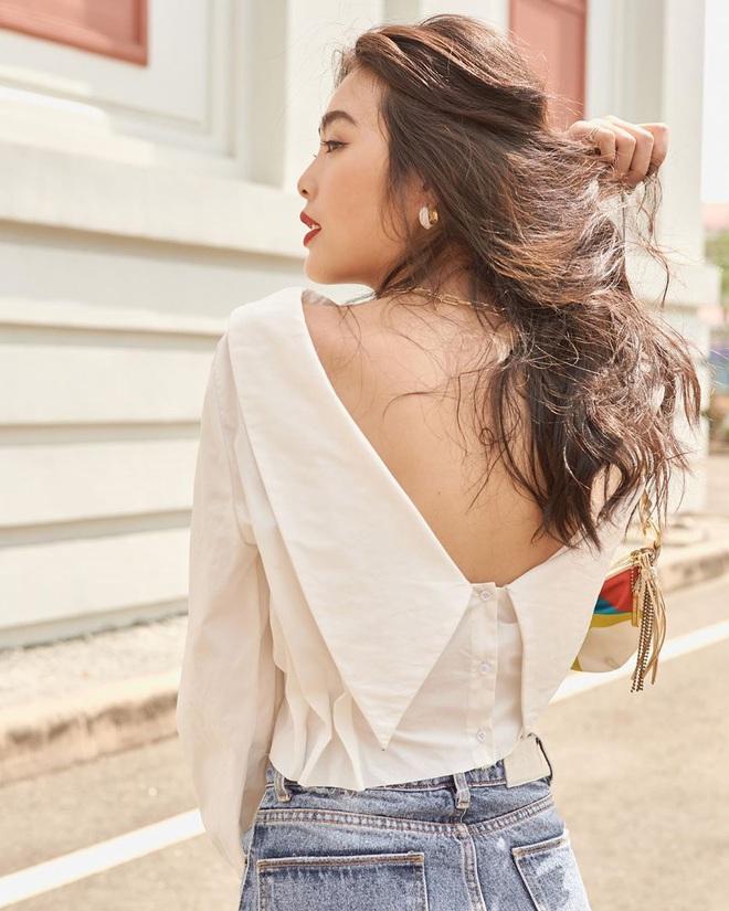 Kiểu áo váy khoét lưng gợi cảm na ná áo Jennie đang cực hot ở các shop mà giá lại chỉ vài ba trăm, chị em còn chờ gì mà không tậu - ảnh 13