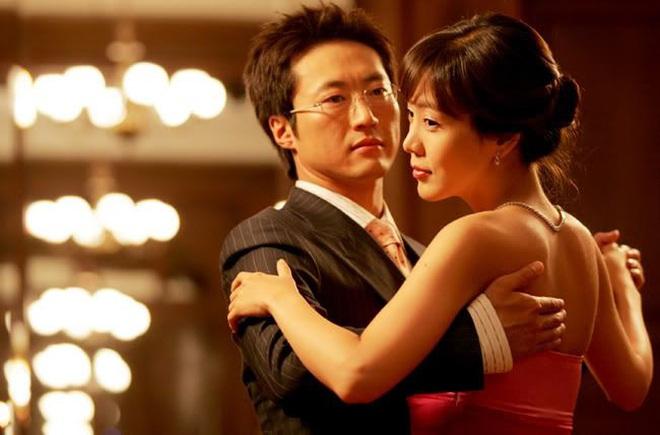 10 sự thật ít ai biết về Quả cầu vàng xứ Hàn Baeksang: Kim Soo Hyun lập kỉ lục nhưng vẫn kém xa đàn anh Lee Byung Hun ở một khoản - ảnh 5