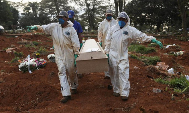 Covid-19: Brazil lần đầu vượt Mỹ về số ca tử vong trong ngày - ảnh 2
