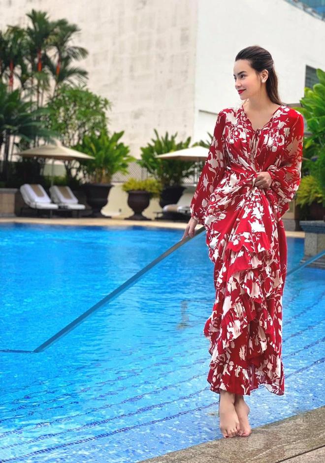 Cận cảnh nhan sắc ngày càng thăng hạng của bà bầu Vbiz Hồ Ngọc Hà giữa tháng thứ 3 song thai - ảnh 3