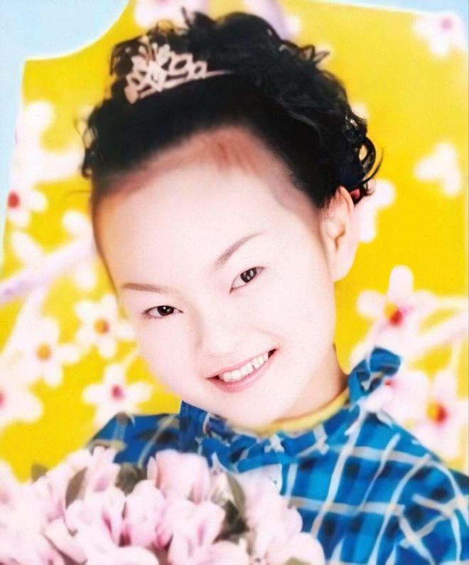 Bé gái 14 tuổi tự tử vì bị thầy giáo phê bình trước lớp nhưng biết nguyên do, ai nấy đều quay sang trách bố mẹ - Ảnh 1.