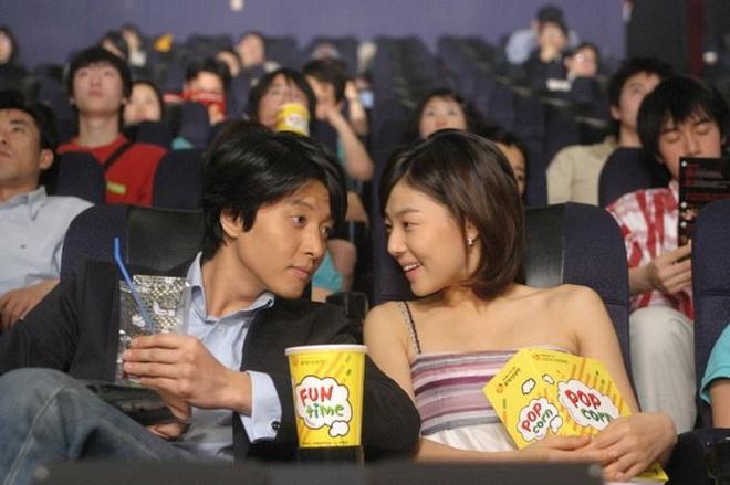 Soi loạt nguyên nhân khiến gã sát gái Lee Dong Gun ly hôn: Liên quan đến Jiyeon (T-ara), chồng thế nào mà làm vợ òa khóc? - ảnh 8