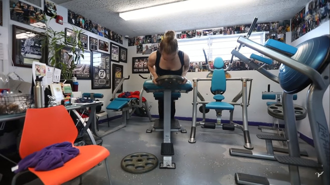 Bước sang tuổi 51, Jennifer Lopez vẫn có được cơ bụng số 11 nhờ vào 3 thói quen này - ảnh 13