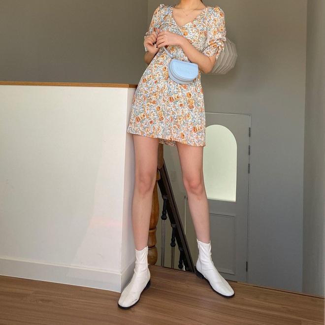 """7 gợi ý mix đồ giúp bạn """"nâng cấp"""" váy hoa, diện lên không sến lại còn trông sang xịn thôi rồi - ảnh 5"""