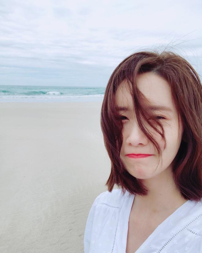 Vừa tròn 30, Yoona bật mí 5 chiêu dưỡng da bất di bất dịch chị em nào cũng nên học theo để lão hóa ngược - ảnh 1