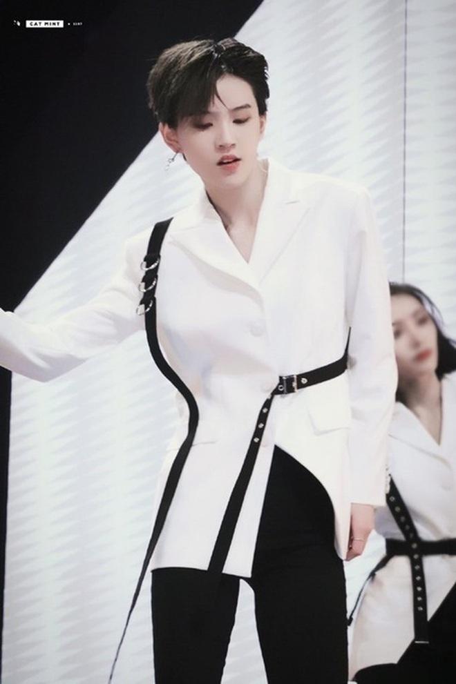 Top 9 debut chính thức của Thanh Xuân Có Bạn: Visual ngút ngàn, drama rợp trời tài năng đi liền với thị phi - ảnh 48