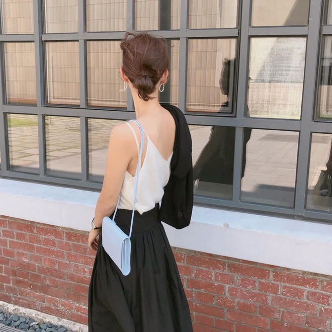 3 kiểu tóc búi thấp gái Hàn diện nguyên hè: Mát lịm mà vẫn cực sang, chưa mất 1 phút đã xong ngay - ảnh 2