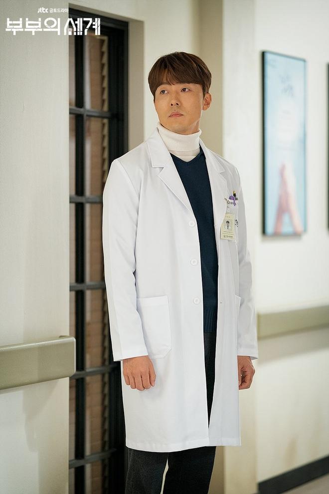 Chị đại Hospital Playlist ước phi công Thế Giới Hôn Nhân đóng mùa 2: Spoil đôi mới lẫn khả năng lật thuyền Ik Jun - Song Hwa? - ảnh 5