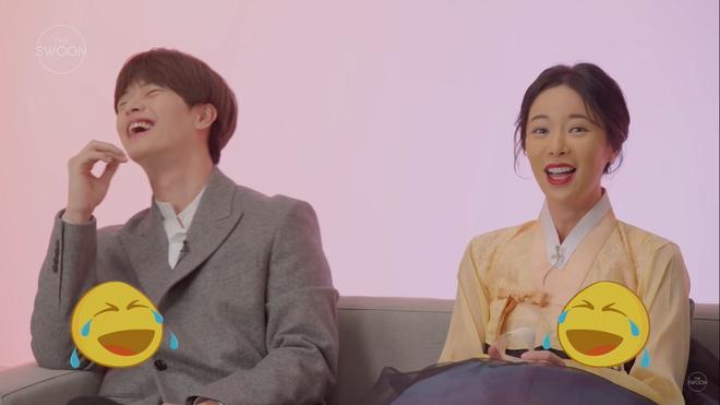 Dàn sao Mystic Pop-up Bar bật mí 1001 bí mật: Hwang Jung Eum là con gái Long Vương, Yook Sung Jae sâu sắc dữ thần - ảnh 4