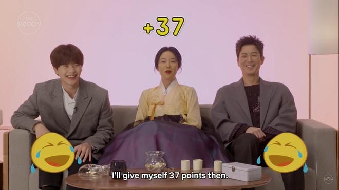 Dàn sao Mystic Pop-up Bar bật mí 1001 bí mật: Hwang Jung Eum là con gái Long Vương, Yook Sung Jae sâu sắc dữ thần - ảnh 8
