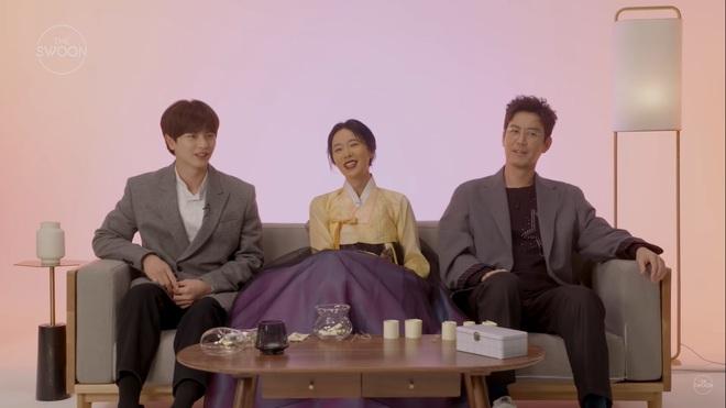 Dàn sao Mystic Pop-up Bar bật mí 1001 bí mật: Hwang Jung Eum là con gái Long Vương, Yook Sung Jae sâu sắc dữ thần - ảnh 11