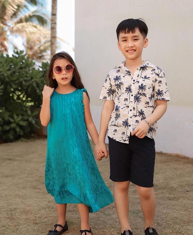 """Thu Trang tung loạt ảnh new couple"""" cực tình của quý tử và con gái Đoan Trang: Chờ gì mà không """"đẩy thuyền"""" nè cô chú ơi! - ảnh 1"""