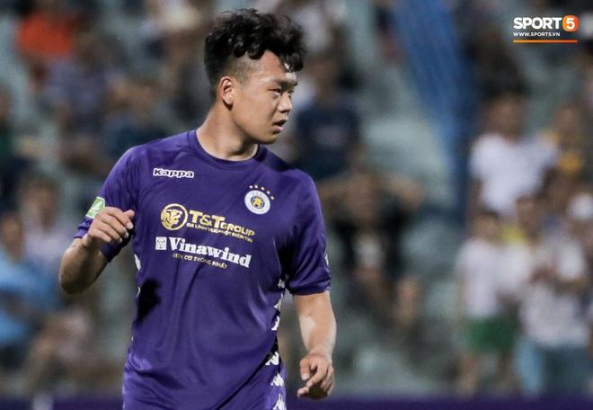 Trung vệ U23 Việt Nam đá bay bàn thắng ở khoảng cách 3m, sửa sai bằng cú dứt điểm đầy tinh tế - ảnh 1
