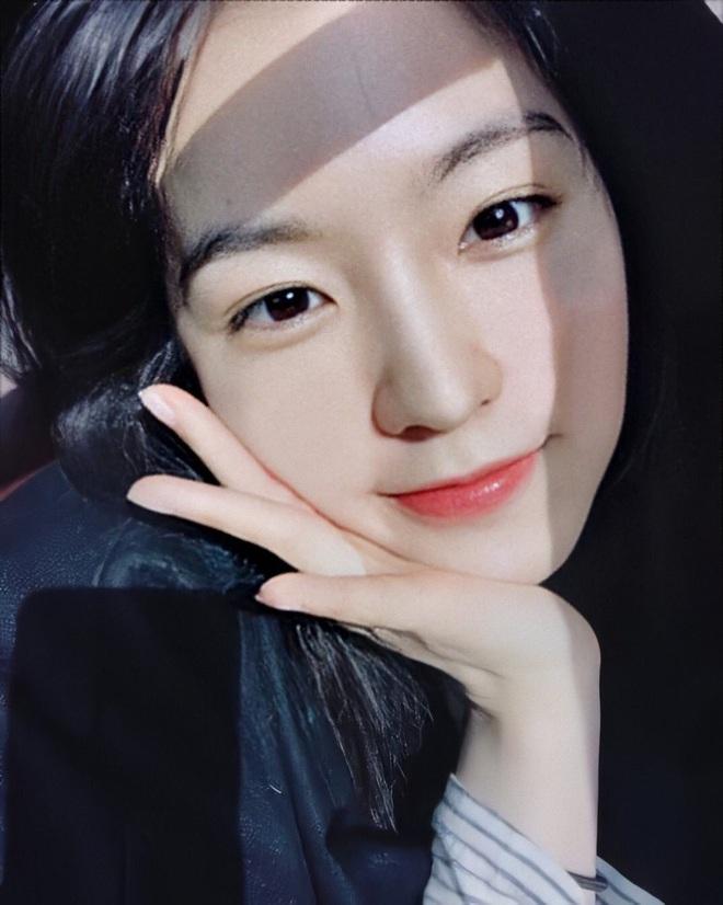 Netizen bình chọn 10 mỹ nhân Hàn mặt mộc đẹp nhất: Song Hye Kyo và dàn diễn viên chịu thua 2 nữ idol, No.1 gây sốc vì % thắng quá khủng - ảnh 19