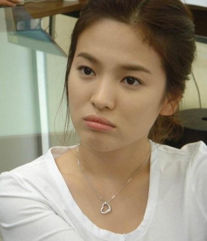 Netizen bình chọn 10 mỹ nhân Hàn mặt mộc đẹp nhất: Song Hye Kyo và dàn diễn viên chịu thua 2 nữ idol, No.1 gây sốc vì % thắng quá khủng - ảnh 16