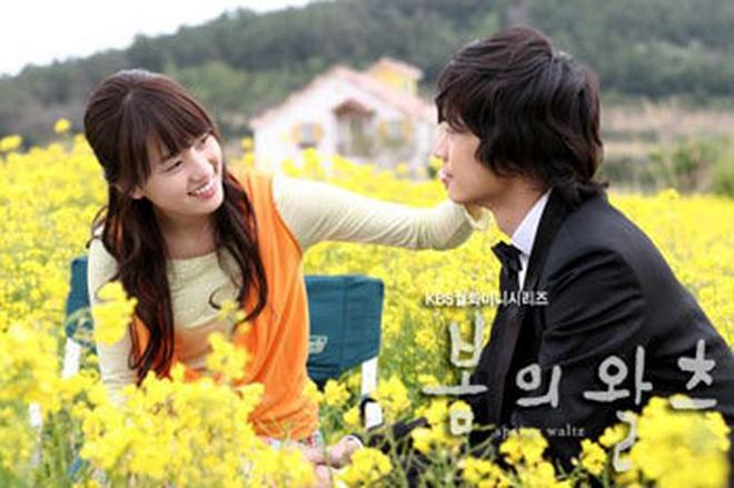 """Sự nghiệp 4 sao điện ảnh bị """"sờ gáy"""" ở scandal trốn thuế: Đời tư sạch như Kim Tae Hee cũng đến lúc phải chao đảo - Ảnh 1."""