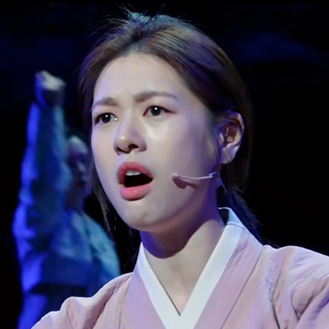 """Xem ngay Soul Mechanic gặp nữ chính nổi loạn hơn cả """"điên nữ"""" Tầng Lớp Itaewon, lại còn đá xéo giới thần tượng cực gắt - Ảnh 5."""