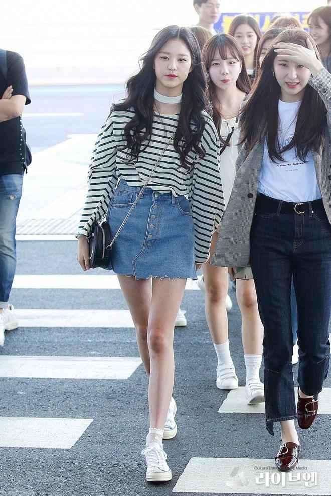 """Cuộc chiến chân dài của """"em gái quốc tế"""" Lisa và """"thủy thủ mặt trăng"""" Jang Won Young: Cùng chân dài đến nách nhưng style lại khác biệt quá đỗi - ảnh 16"""