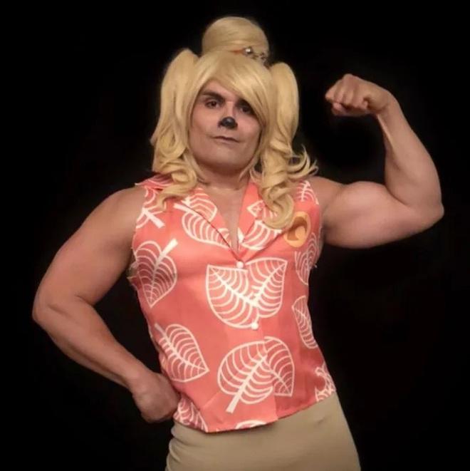 Anh trai vai u thịt bắp cuồn cuộn nhưng chỉ thích cosplay các vai... nữ tính - Ảnh 5.