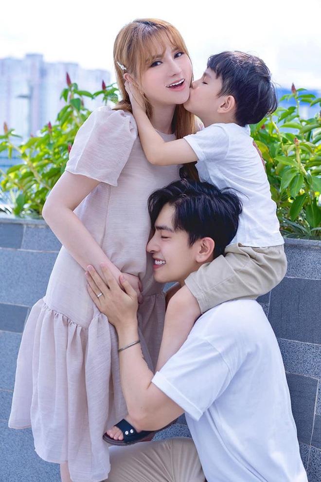 Sao Vbiz đồng loạt chúc mừng tin vui vợ chồng Dương Khắc Linh: Động thái của hội mẹ bầu Hà Hồ, Thu Thuỷ gây chú ý! - ảnh 5