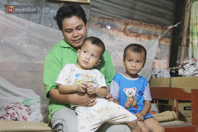 Xót cảnh 2 đứa trẻ sống cạnh những ngôi mộ, chẳng biết nói chuyện, ngày ngày đợi mẹ khờ đi xin thuốc về uống - ảnh 13