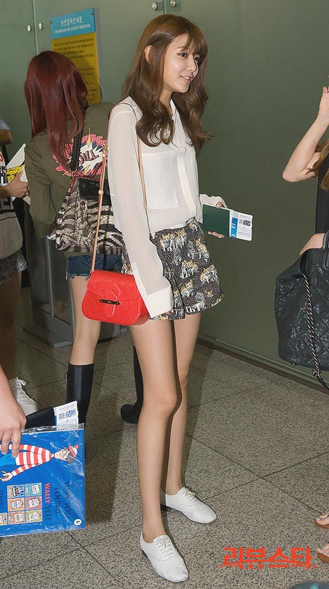 Vẫn biết những sao nữ này chân dài cân mọi outfit nhưng xem ảnh hậu trường vẫn phải sốc, hack não nhất là thánh body Lee Da Hee - ảnh 8