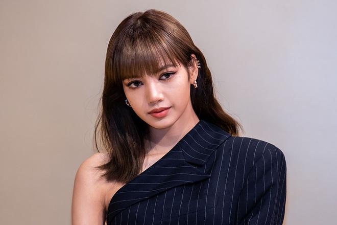 YG chính thức xác nhận Lisa (BLACKPINK) là nạn nhân vụ án lừa đảo quy mô quốc tế, bất ngờ cách nữ idol xử lý sau đó - ảnh 1