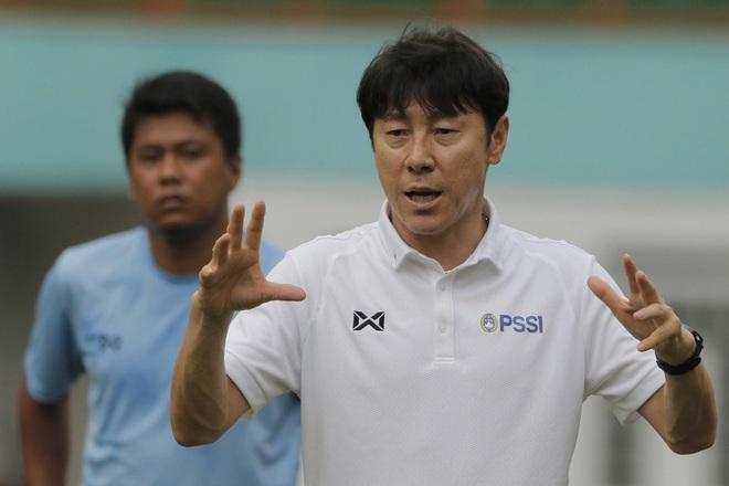 Những sự thật mất lòng về HLV trưởng tuyển Indonesia: Nắm giữ kỷ lục buồn của bóng đá Hàn Quốc, bị truyền thông ghét bỏ vì quyết định bừa bãi - Ảnh 1.