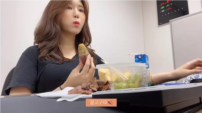 Thử chế độ ăn kiêng của Solar (MAMAMOO), cô nàng Vlogger xứ Hàn giảm 4.5kg chỉ sau 5 ngày - ảnh 18