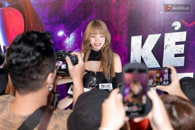 Minh Hằng tuyên bố không ngại đối đầu BLACKPINK, tự đoán lá thư nặc danh chỉ là trò đùa ở họp báo web drama mới - ảnh 3