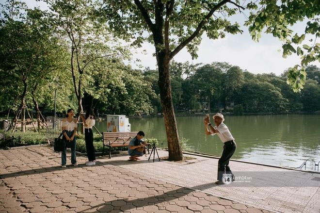 Cuối tuần từ gốc mít ra phố đi bộ hồ Gươm: Trai xinh gái đẹp dập dìu, cover dance căng cực và chơi gì cũng thấy vui! - ảnh 12
