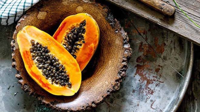 Đu đủ là kho báu từ thịt đến hạt nhưng hãy chú ý đến 3 điểm khi ăn để tránh đầu độc cơ thể, thậm chí là vô sinh - ảnh 1