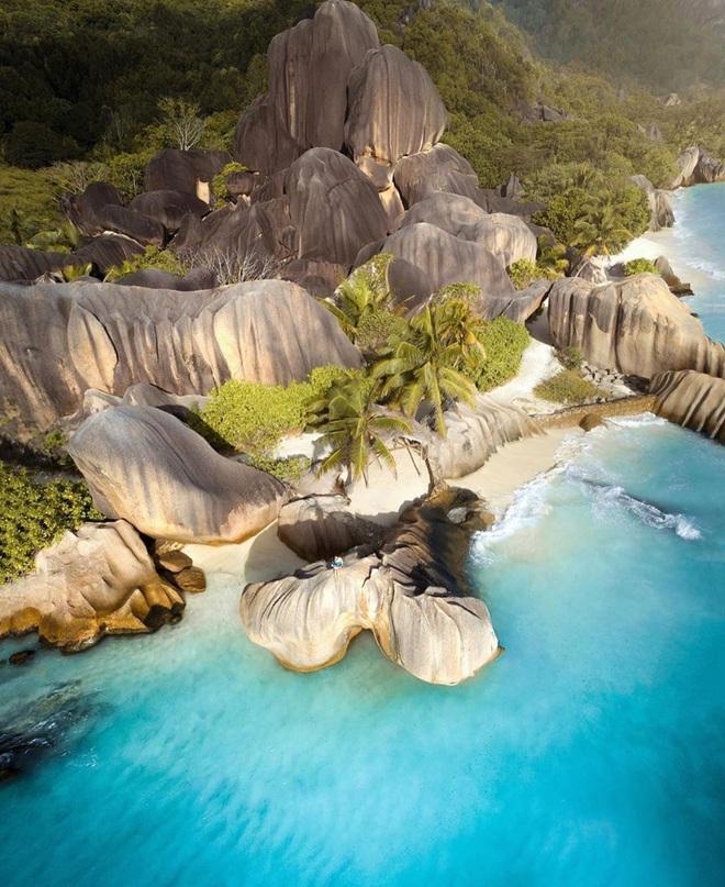 Không tin vào mắt mình trước 15 bãi biển độc nhất hành tinh, nơi nào cũng sở hữu vẻ đẹp ngỡ chỉ có trong trí tưởng tượng - Ảnh 28.