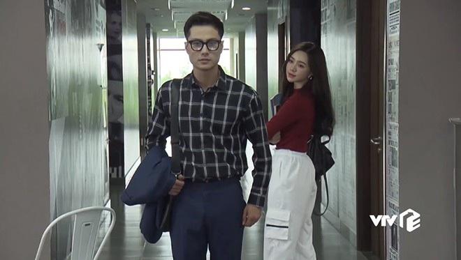 4 thầy giáo soái ca nức nở màn ảnh Việt: Thấy mê nhất đích thị là Thanh Sơn của Đừng Bắt Em Phải Quên - Ảnh 2.