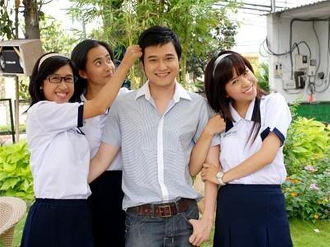 4 thầy giáo soái ca nức nở màn ảnh Việt: Thấy mê nhất đích thị là Thanh Sơn của Đừng Bắt Em Phải Quên - Ảnh 5.
