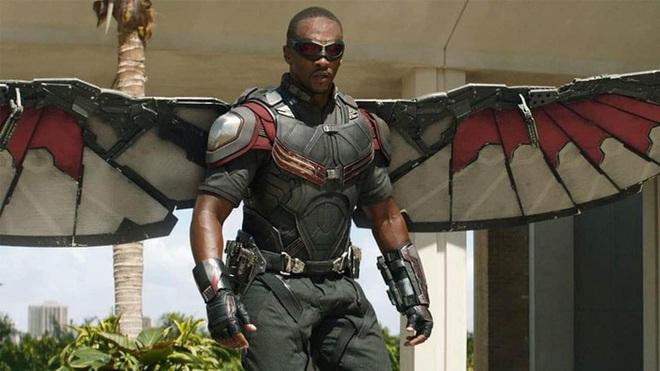 Captain America da màu chỉ trích Marvel phân biệt chủng tộc, netizen kêu: Anh làm quá! - ảnh 1