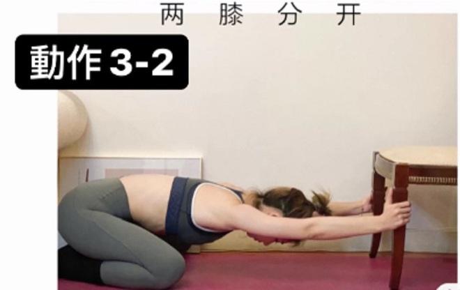 HLV hướng dẫn động tác tận dụng chiếc ghế để tập luyện, giúp các chị em lưng thẳng dáng thon đi trông thấy - ảnh 5