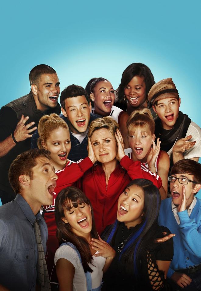 """Lea Michele bị bạn diễn """"bóc phốt"""" phân biệt chủng tộc: Thái độ khiếm nhã sau 6 năm bị bóc trần, cả dàn sao """"Glee"""" phản ứng bất ngờ - ảnh 9"""