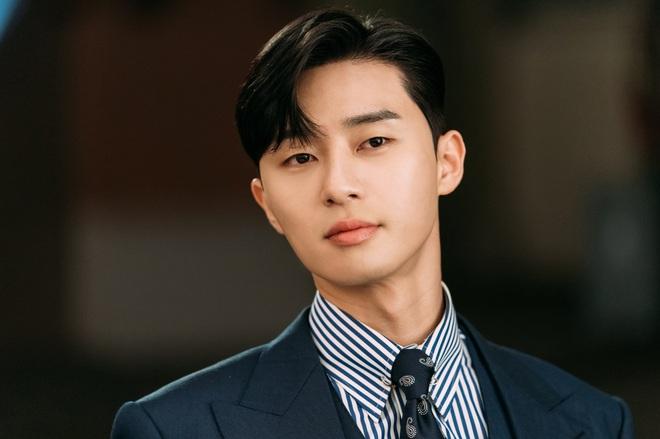 Hậu sức nóng huỷ diệt của Tầng Lớp Itaewon, Park Seo Joon là diễn viên Hàn đầu tiên ẵm nút vàng Youtube - ảnh 6