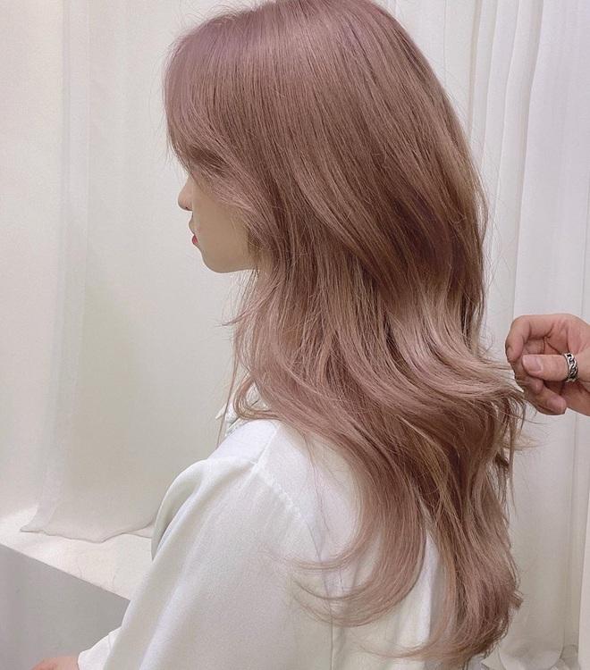 Cứ đến hè là tóc hồng lại hot, ai đang nhăm nhe lột xác thì phải cân nhắc ngay 3 tông siêu xinh mà ít đụng hàng này - ảnh 6