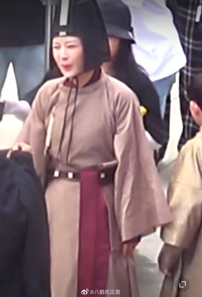 Hậu ồn ào tranh vai với Ngô Diệc Phàm, Dương Tử vui vẻ trở lại phim trường Thanh Trâm Hành - ảnh 6