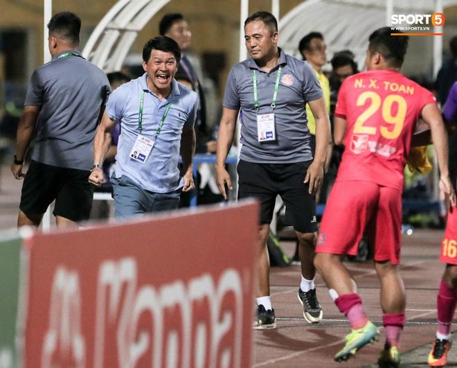 Công thần đăng tút gây xôn xao, tiết lộ mảng tối ở đội Sài Gòn FC đang thống trị V.League 2020 - ảnh 2