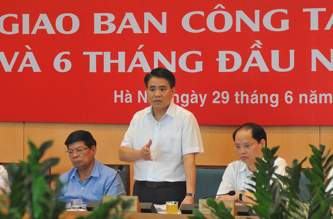 Chủ tịch Hà Nội: Tuyệt đối không được cắt điện, nước ngày nắng nóng dù người dân có thể chậm trễ đóng tiền - ảnh 1