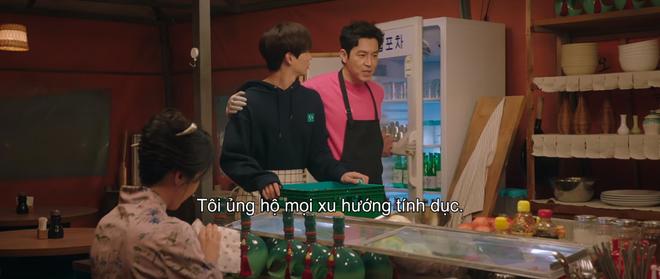 Vừa nhẵn túi vì chơi game, dì hai Hwang Jung Eum bị Diêm Vương tịch thu luôn quán vì tội ăn cắp ở tập 6 Mystic Pop-up Bar - ảnh 1