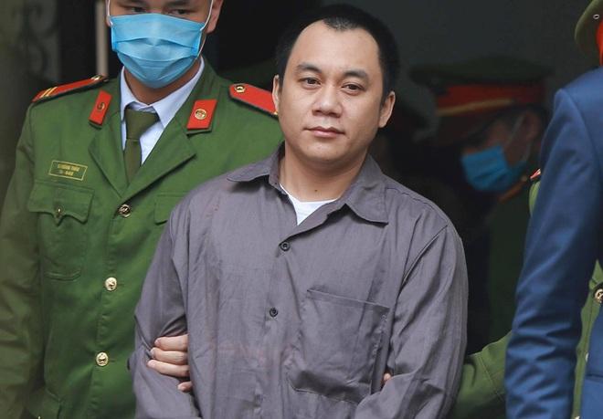 Xét xử vụ container đâm Innova đi lùi trên cao tốc Thái Nguyên: Tài xế Hoàng đề nghị thay đổi kiểm sát viên - ảnh 2