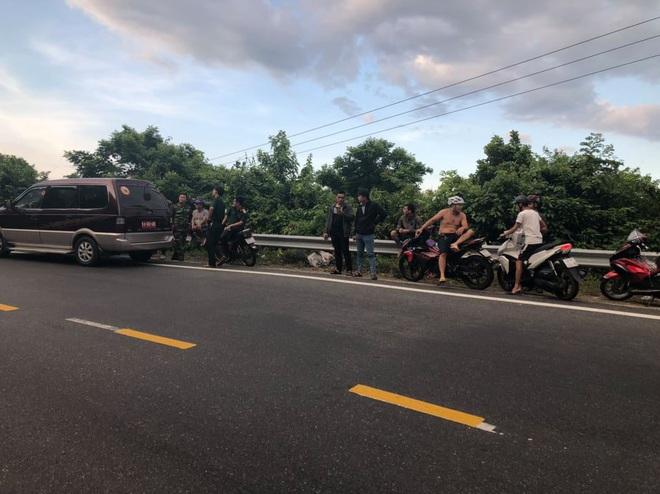 Nóng: Hàng trăm chiến sỹ vây bắt kẻ sát nhân nguy hiểm vượt ngục trốn trên đèo Hải Vân - ảnh 2