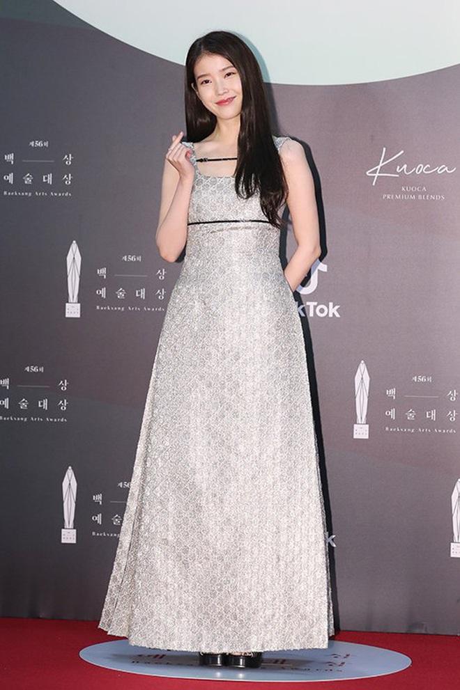 Ác nữ Itaewon Kwon Nara đứng đầu bảng tổng sắp mặc xấu tại Baeksang 2020, kế đến còn có cả loạt mỹ nhân đình đám khác - ảnh 9