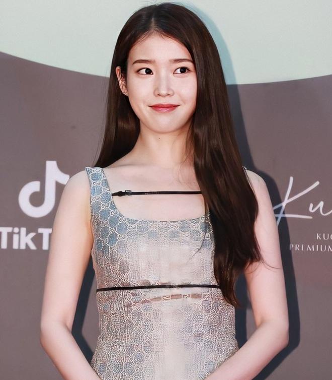 Ác nữ Itaewon Kwon Nara đứng đầu bảng tổng sắp mặc xấu tại Baeksang 2020, kế đến còn có cả loạt mỹ nhân đình đám khác - ảnh 8